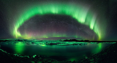 Aurora over Jukulsarlon, Iceland