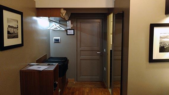 Rome - Assunta Domus Hotel - front room