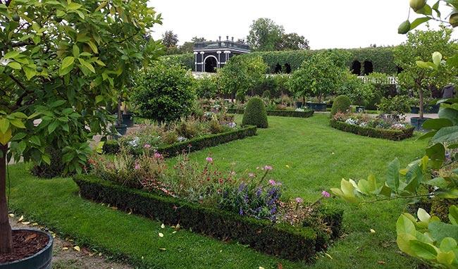Vienna - Schönbrunn Palace - Privy Gardens