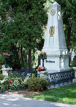 Vienna - Central Cemetery - Beethoven's grave