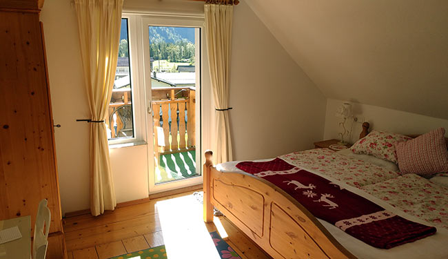 Hallstatt / Obertraun - Haus Hepi - guest room on top floor